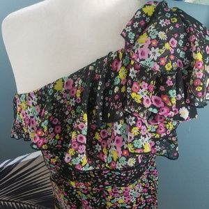 One Sleeve Floral Short Dress Size Small